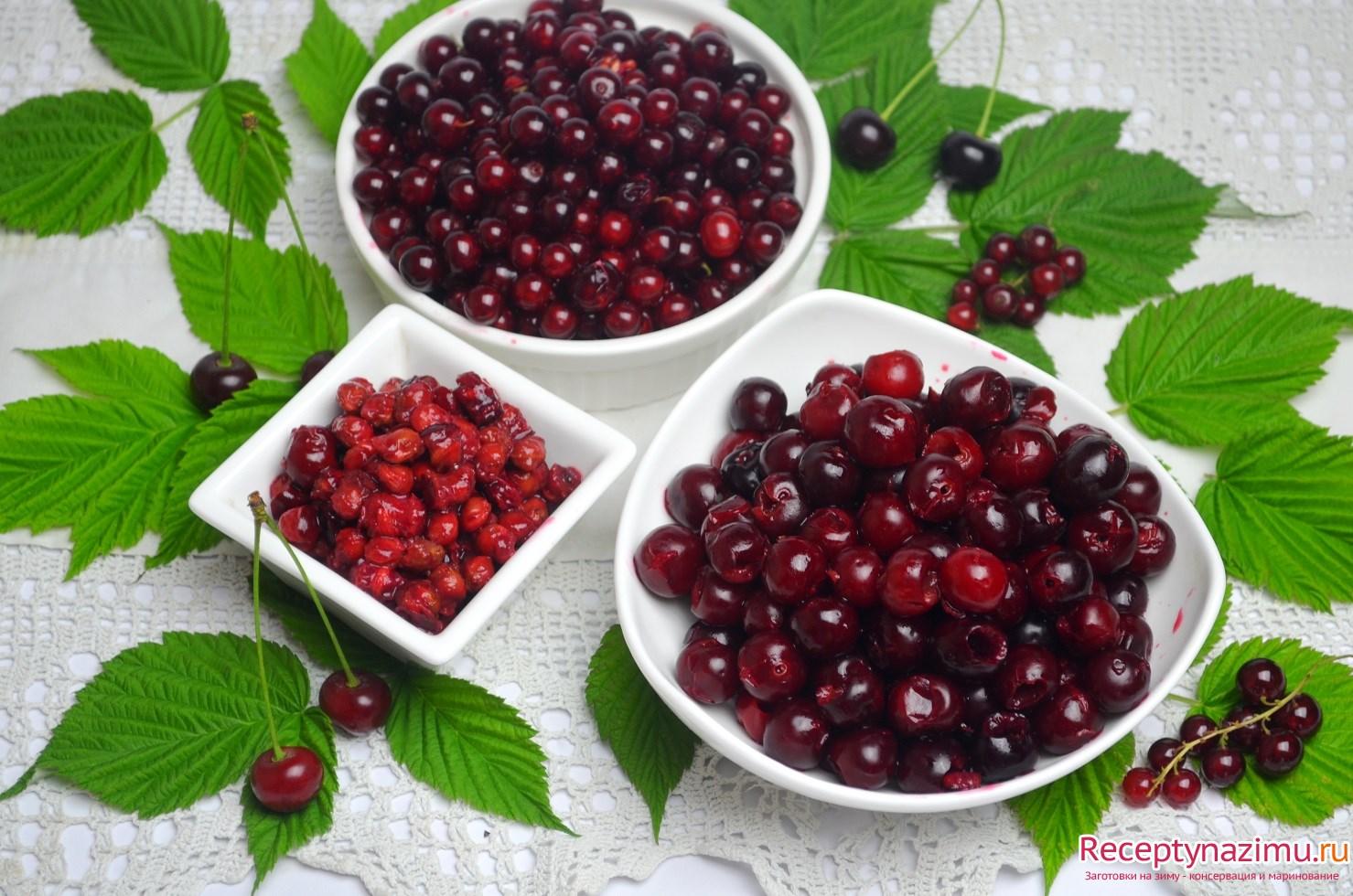 """Джем из красной смородины и вишни """" Вкусные рецепты заготовок на зиму - засолка, консервация, маринование"""