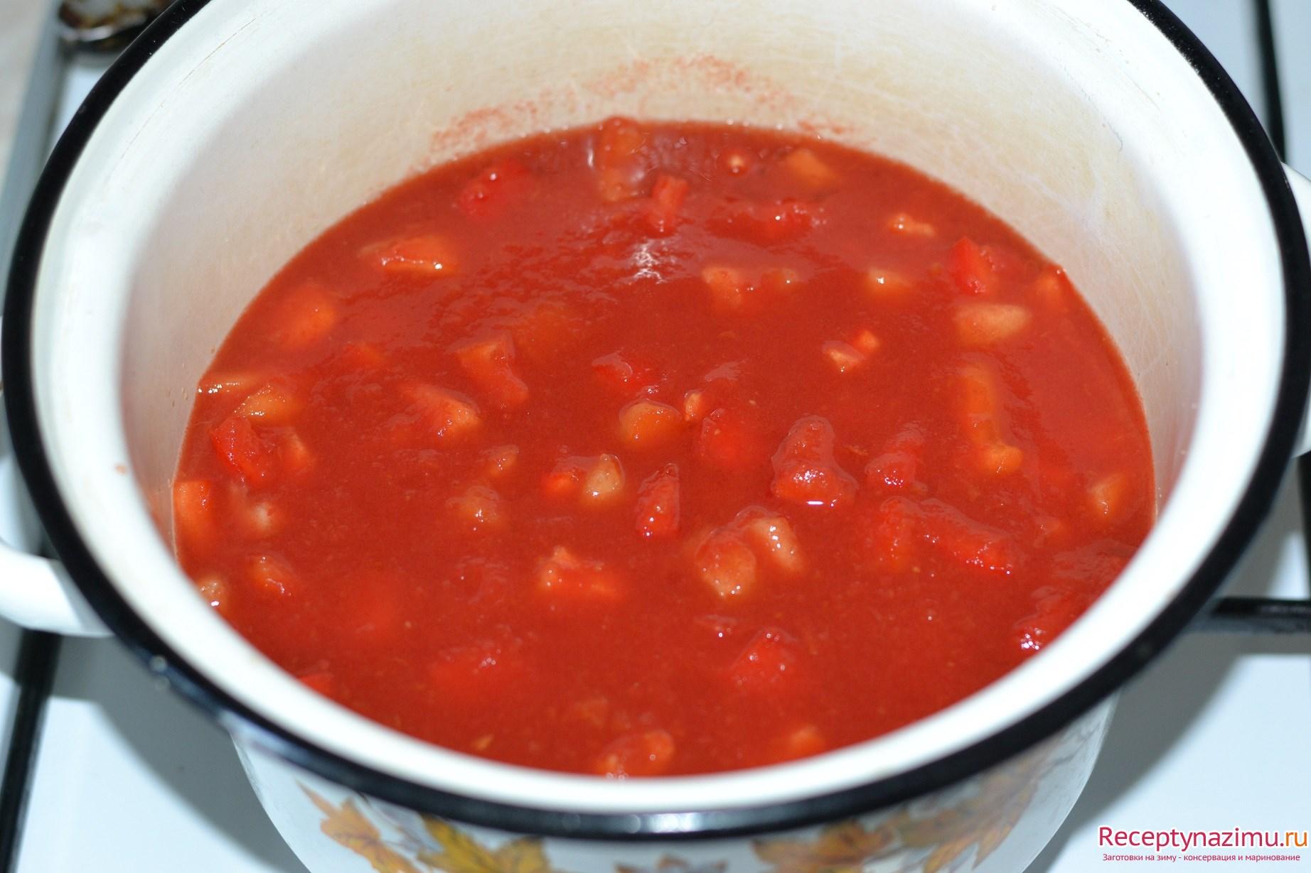 лечо из болгарского перца с томатным соусом